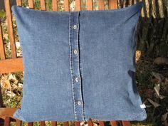 "Kissenhülle ""Denim"", Jeans, mittelblau, 40 x 40 cm von Saskia LAUTH [   ҉   ] LAUTHMOTIV http://de.dawanda.com/product/71253975-Kissenhuelle-Denim-Jeans-mittelblau-40-x-40-cm"