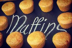 Y si pasamos al tablero? MUFFINS de limón #brownieriamorenobrownie#brownieriaambulante#reposteríaartesanal#repostería#homebaking#homemadefood#artesano#baking#love#sweet#coffee #coffetime#muffins#lemon#food#bike#foodbike#lovebike#ciclimo#emprendimiento#emprendedores#ideas#motivation#bogotá#colombia#goodafternoon#happy#mood