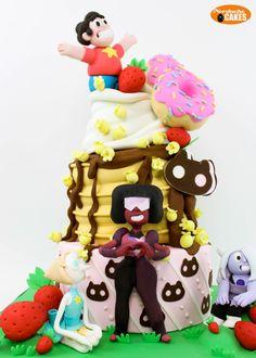 nerdachecakes:  Happy Birthday Steven Quartz Universe! We baked