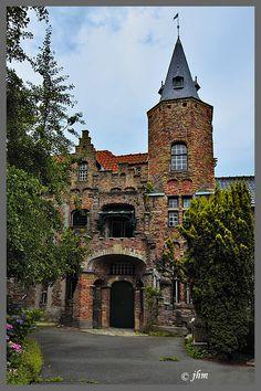 Castle Maldegem - Maldegem, Oost-Vlaanderen, Belgium Copyright: John Maenhout