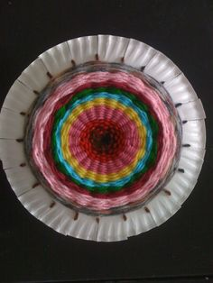 c& tent weaving with plates/yarn & Paper Plate Weaving Step by Step | Craft Project ideas and Activities