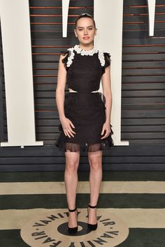 Daisy Ridley & Sophie Turner Switch Up Their Looks for Vanity Fair Oscar Party Photo Daisy Ridley and Sophie Turner pose on the carpet at the 2016 Vanity Fair Oscar Party held at the Wallis Annenberg Center for the Performing Arts on Sunday (February… Michelle Monaghan, Kelly Osbourne, Nikki Reed, Daisy Ridley, Elizabeth Banks, Olivia Munn, Diane Kruger, Kate Bosworth, Jessica Biel