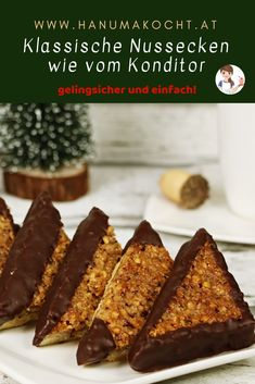 They are a wonderful combination of crispy, fruity and chocolatey. # nut corners # recipe # nuts # cookies # christmas place Classic nut corners - juicy, aromatic, sure-fire Iris He Backideen They are a wonderful combination of crispy, fru Brownie Desserts, Pudding Desserts, Brownie Recipes, Cheesecake Recipes, Easy Desserts, Cookie Recipes, Dessert Recipes, Chewy Brownies, Best Pancake Recipe