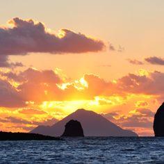Isole Eolie - Aeolian Islands (terra dell'incontro con Eolo) #lipari #eolie
