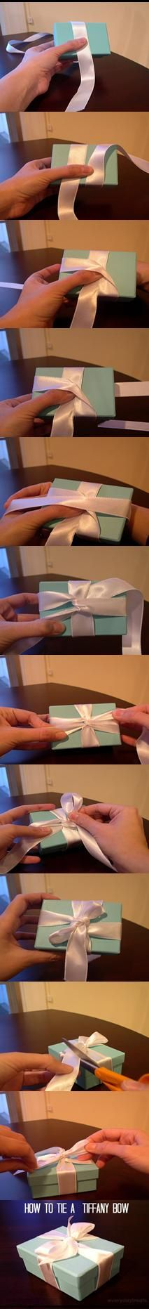 How to tie a Tiffany Bow