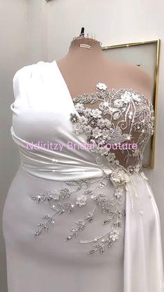 Fancy Wedding Dresses, Plus Size Wedding Gowns, Stunning Wedding Dresses, Wedding Dress Sleeves, Designer Wedding Dresses, Elegant Dresses, Beautiful Dresses, Evening Dresses, Prom Dresses