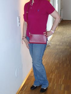 :-) Louis Vuitton Epi fuchsia Pochette Accessoires with long adjustable shoulder strap :-)