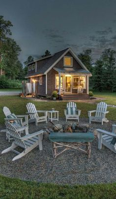 Love The Fire Pit Area & Beautiful Tiny Home