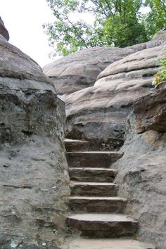 Stone staircase at Garden of the Gods - Illinois Hiking at its best!