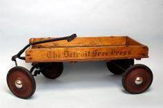 Kids Wagon, Toy Wagon, Antique Toys, Vintage Toys, Vintage Stuff, Tin Toys, Children's Toys, Wooden Wagon, Old Wagons