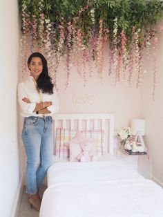 Mum creates stunning hanging flower canopy for her daughter's bedroom Room Ideas Bedroom, Bedroom Wall, Girls Bedroom, Girls Flower Bedroom, Bedroom Flowers, Bedrooms, Hanging Flower Wall, Flower Wall Decor, Floral Bedroom Decor