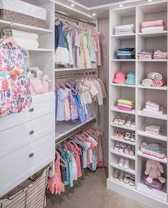 Unique closet design ideas will definitely help you utilize your closet space appropriately. An ideal closet design is probably the … Little Girl Closet, Baby Girl Closet, Kid Closet, Room Closet, Little Girl Rooms, Closet Ideas, Baby Closets, Baby Bedroom, Baby Room Decor