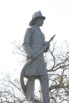 My Favorite Statue @ Riverside Cemetary