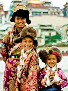 Children in Shangri-La . Tibet
