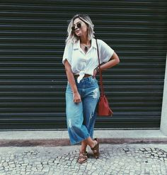 What the Athleisure trend is and how you can rock it Casual Chic, Casual Jeans, Casual Outfits, Cute Outfits, Smart Casual, Sweater Outfits, Birkenstock Outfit, Athleisure Trend, Look Fashion