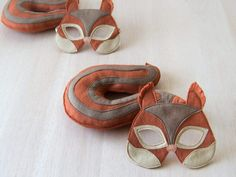 Squirrel mask wind in the willow costumes pinterest - Masque ecureuil ...