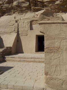 El Kab tombs Upper Egypt  in the desert. Rock-cut tombs of the early 18th Dynasty (1550–1295 BC), remains of temples dating from the Early Dynastic period (3100–2686 BC) to the Ptolemaic period (332–30 BC).