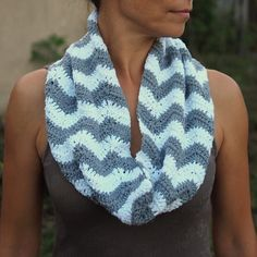 Zig zag Infinity scarf PDF crochet pattern loop door byaccessorise, $4.90