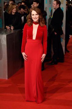 BAFTA 2015 le star del cinema sul red carpet di Londra -  - Read full story here: http://www.fashiontimes.it/galleria/bafta-2015-le-star-del-cinema-sul-red-carpet-di-londra/