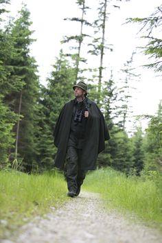 Jagdhose Wetterfleck und Jagdhut Loden Reiting Capes, Cape Scarf, Bush Craft, Lederhosen, Cloak, Vampires, Hunting, Menswear, Lifestyle