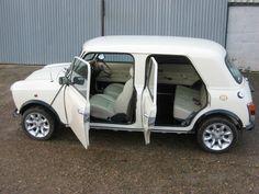 Allegedly the original Mini Countryman with 4 doors. Oh dear! Mini Cooper Classic, Classic Mini, Classic Hot Rod, Classic Cars, Mini Morris, Austin Cars, Aussie Muscle Cars, Automobile, Mini Countryman
