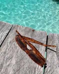 Flat Lay Photos, Sunnies, Sunglasses, Classic Gold, Tortoise, Specs, Friendship Bracelets, Cool Girl, Jewels