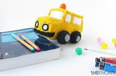 Crochet the perfect back-to-school gift with this adorable school bus!
