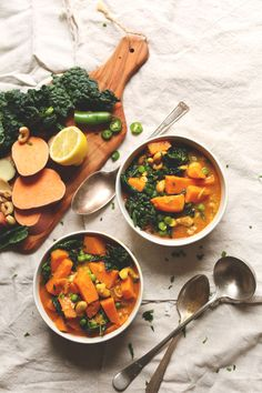 PERFECT Sweet Potato Kale Curry! 1 pot, so easy, protein-rich! #vegan #glutenfree #easy #dinner #curry #1pot
