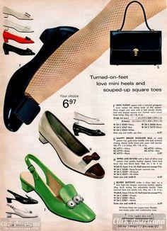 50s Shoes, Retro Shoes, Vintage Shoes Women, Vintage Outfits, Patent Shoes, Pumps Heels, 1960s Fashion, Vintage Fashion, Mod Fashion