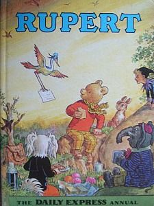 Rupert the Bear book 1972 Nostalgic vintage by VintiquesCorner Childhood Days, 1980s Childhood, Paddington Bear, English Artists, Vintage Cartoon, The Good Old Days, Vintage Books, Christmas Books, Vintage Christmas