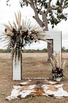 Pampas grass is the unexpected plant making its way into all kinds of weddings this year (beach, backyard, woods and more). Here, 27 photos full of pampas grass wedding decor inspo. Fall Wedding Arches, Wedding Ceremony Ideas, Wedding Altars, Wedding Trends, Wedding Venues, Reception Ideas, Western Wedding Ideas, Wedding News, Country Wedding Photos