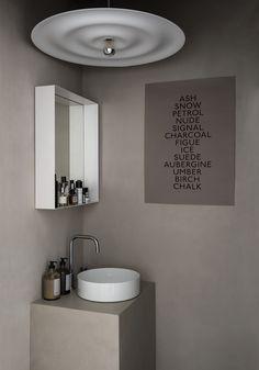 Wabi-Sabi stil i 10 trinn - - Lilly is Love Wabi Sabi, Scandinavian Interior Design, Nordic Design, Pella Hedeby, The Way Home, Bathroom Interior, Spa Interior, Bathroom Trends, Interior Lighting
