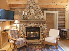 Stone Fireplace-Gas Log; Cable TV, WI-FI