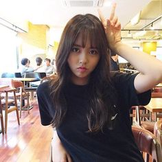 Female Actresses, Korean Actresses, Korean Actors, Korean Star, Korean Girl, Korean Beauty, Asian Beauty, Kim So Hyun Fashion, Hyun Ji