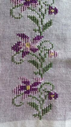 d51df7fee8a4bad8b63864bf9bc0a148.png (640×1136) Needle And Thread, Magic, Cross Stitch, Rugs, Book Markers, Home Decor, Crossstitch, Needlepoint, Flowers