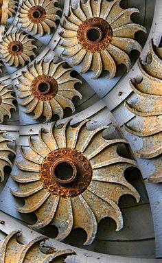 Found Objects d'Art - Lex Loeb