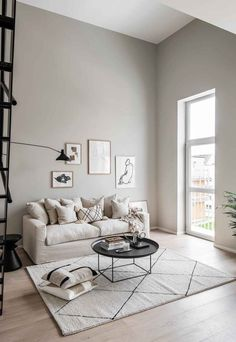Swedish small-space living in soft tones Grey Walls Living Room, Small Space Living Room, Beige Walls, My Living Room, Small Spaces, Living Spaces, Beige And Grey Living Room, Warm Grey Walls, Living Room Interior