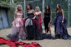 Pin for Later: Have a Pretty Little Liars Halloween With These Costume Ideas The Liars in Their Destroyed Prom Dresses What to wear: Gorgeous dresses that you then completely ruin with dirt. How to act: Like you need to find a way out, yesterday.
