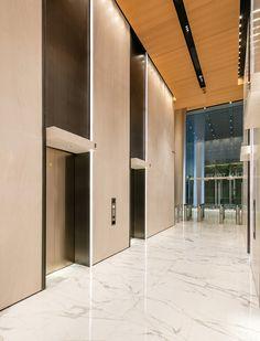 广州凯华国际中心,首层电梯厅. Image Courtesy of ATDESIGN