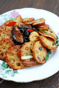 Stuffed lotus root with mushrooms