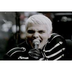 My Chemical Romance - My Chemical Romance - Pictures - AOL Music ❤ liked on Polyvore featuring my chemical romance, backgrounds, bands, gerard and gerard way
