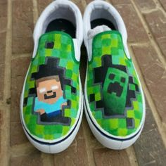 Minecraft shoes with Herobrine and a creeper Minecraft Shoes, Minecraft Outfits, Painted Vans, Hand Painted Shoes, Minecraft Birthday Party, Boy Birthday, Minecraft Posters, Best Games, Diy Crafts For Kids
