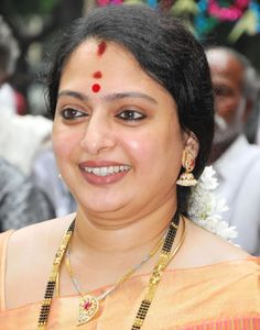 Seetha is an Indian actress mostly active in Tamil Films, as well as a Film Actress, Producer. Who is working in Malayalam, Tamil, Kannada and Telugu film industry India Beauty, Asian Beauty, Natural Beauty, Most Beautiful Indian Actress, Beautiful Actresses, Beauty Full Girl, Beauty Women, Indian Actress Gallery, Hot Actresses