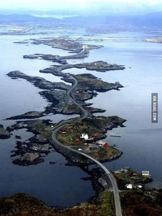 Lovely looking road in Norway… if I saw this as a race track in a videogame I'd think that's way too unrealistic