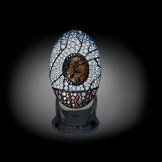 Exquisite ring  ~  Palmiero Gioielli Jewellery design from the Enchanted Forests Collection 2015.