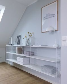 Setting up sloping ceilings – tips and ideas for the attic Furniture Covers, Bed Furniture, Bedroom Storage Shelves, String Regal, Inside Design, Storage Design, Storage Organization, Living Room Interior, Home And Living