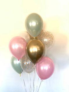 Balloon Lights, Pink Balloons, Latex Balloons, The Balloon, Pink And Gold Wedding, Green Wedding, Bridal Shower Decorations, Wedding Decorations, Green Bridal Showers
