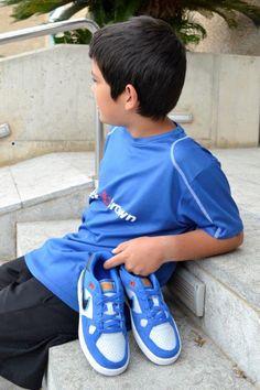 ¡Como les gusta el estilo skate!  Con las nuevas Nike estarán encantados y además son súper cómodas e ideales para ir al colegio.