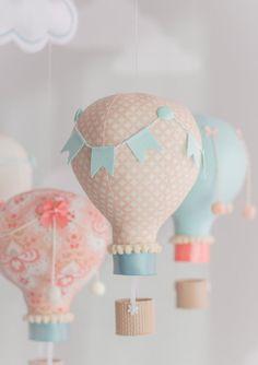 Aqua and Coral Baby Mobile, Hot Air Balloon Mobile, Custom Mobile, Nursery… Mobiles, Baby Shower Balloons, Birthday Balloons, Ballon Diy, Light Bulb Art, Inspiration For Kids, Coordinating Colors, Hot Air Balloon, Kids Decor
