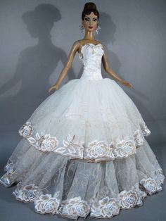 Avantguards | ... Outfit Gown Tyler Sydney Brenda Gene Alex Tonner Avantguards | eBay
